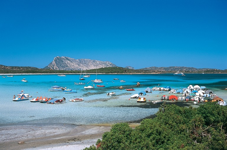 Vacanze in sardegna hotel e residence sul mare nexus hotels for San teodoro appartamenti sul mare